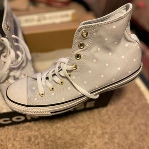 High top converse grey polkadots with gold trim